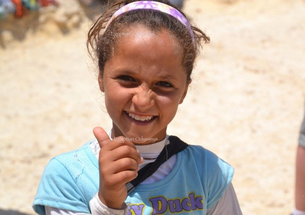 Giza: a friendly local girl at the entrance to the Sphinx, Giza