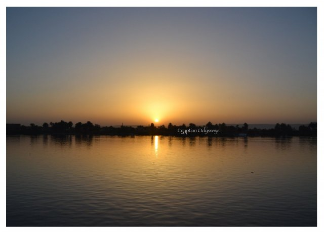 Aswan: sunset over the Nile